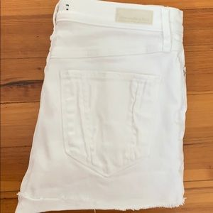 White Abercrombie high waisted shorts